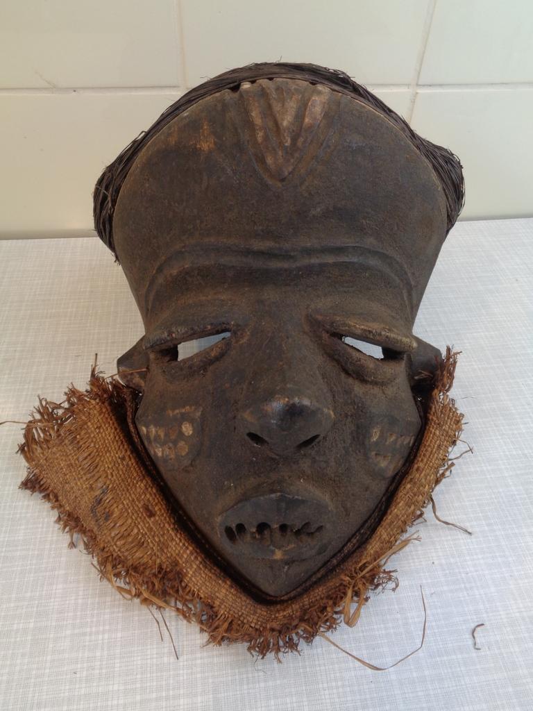 Pende masker