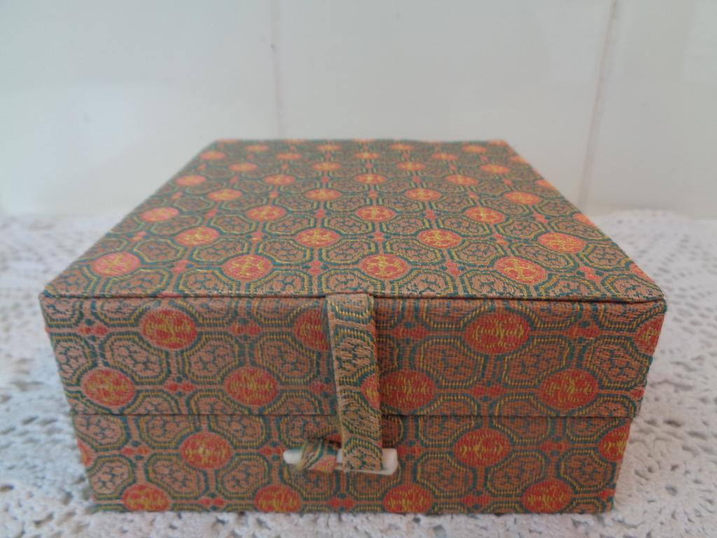 Mooie Houten Box.Mooie Houten Opbergdoos