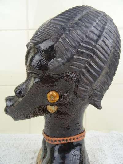 Imponerend Afrikaans borstbeeld
