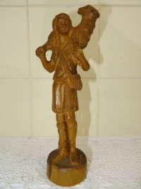 Antiek houten beeld met Lam Gods