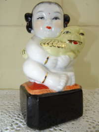 Antiek Chinees beeldje Lucky girl