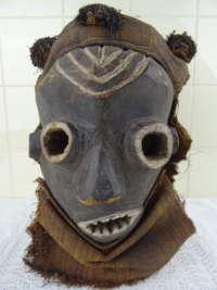 Pende masker D.R. Congo