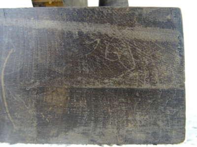 Antiek houtsnijwerk man en vrouw