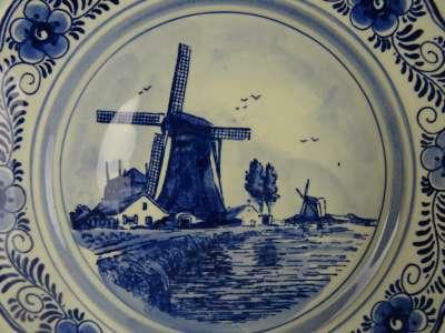 Antiek Delfts blauw wandbord molen