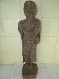 Antieke houten sculptuur van een Heilige