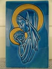 Antiek reliëf Heilige Maria Astra keramiek