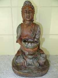 Beeld zittende Boeddha met offerschaal